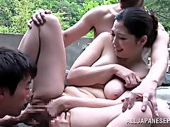 Hot Japanese babe fucked in the hot springs